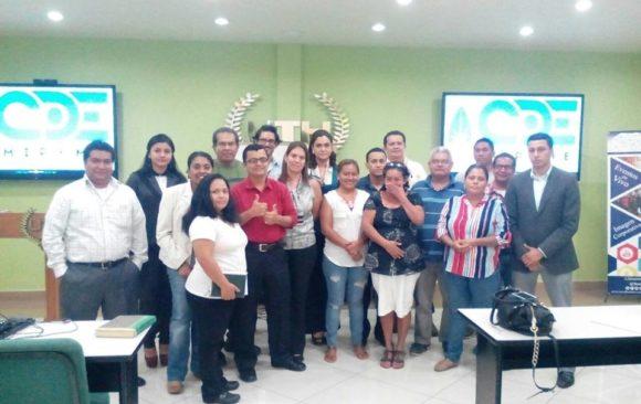 """Conferencia """"4 Elementos Básicos para establecer presencia Online"""" en el CDE del Valle de Sula"""